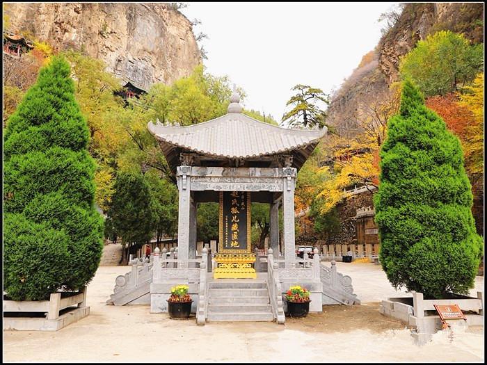 10.24自驾大美藏山秋色、探千年大汖古村、享惬意园林